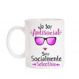Taza No soy antisocial soy socialmente selectiva