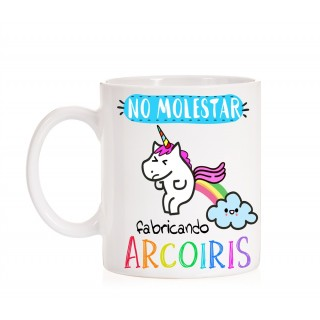 Taza No Molestar fabricando Arcoiris