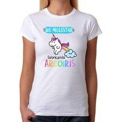 Camiseta No Molestar fabricando arcoiris. Mujer