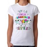 Camiseta mujer Soy la oveja arcoiris de la familia